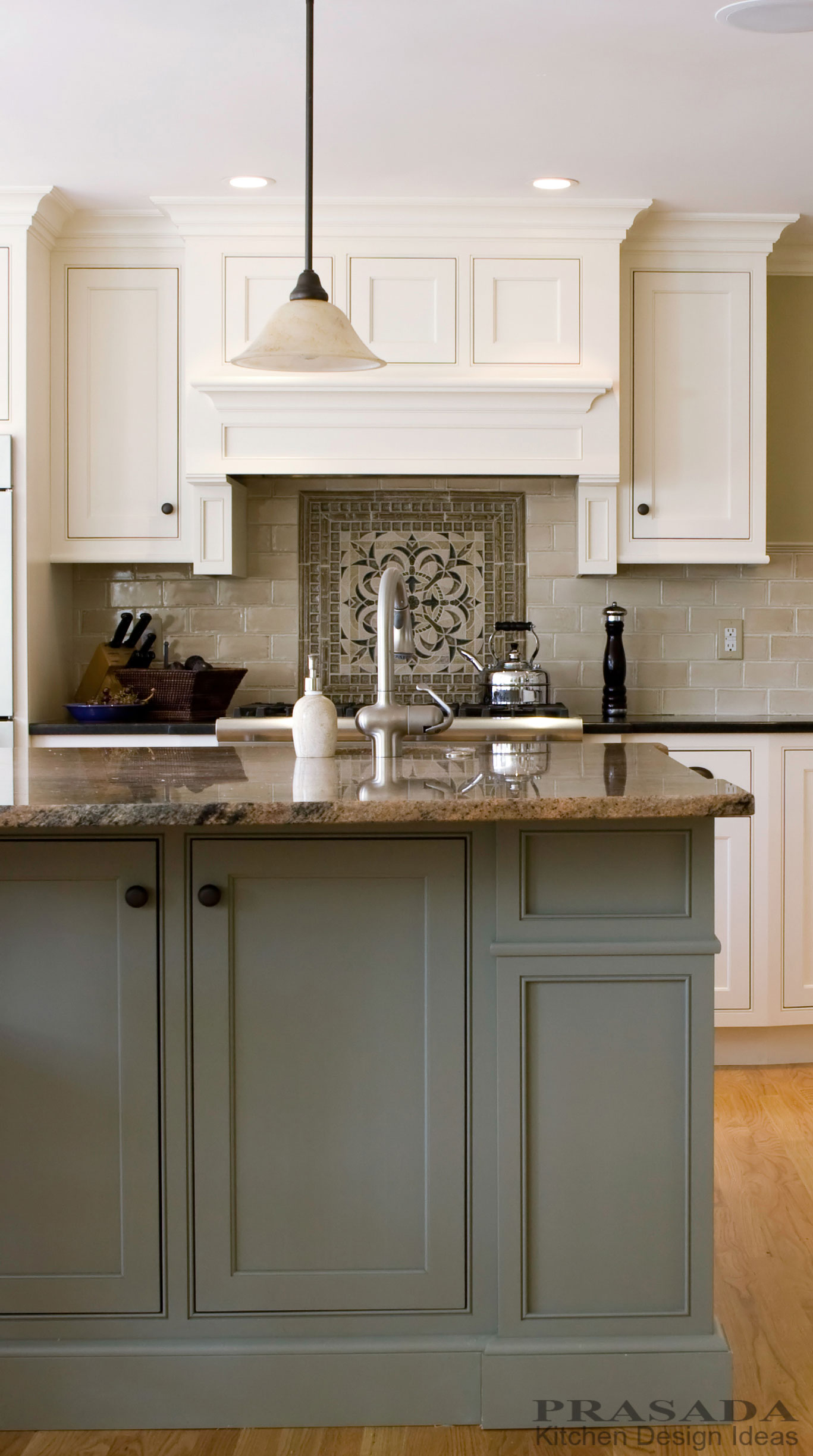 10 Kitchen Cabinet Tips: Kitchen Cabinetry Oakville Ontario